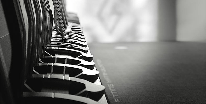 choose-best-putter-golf-game-blade-mallet-